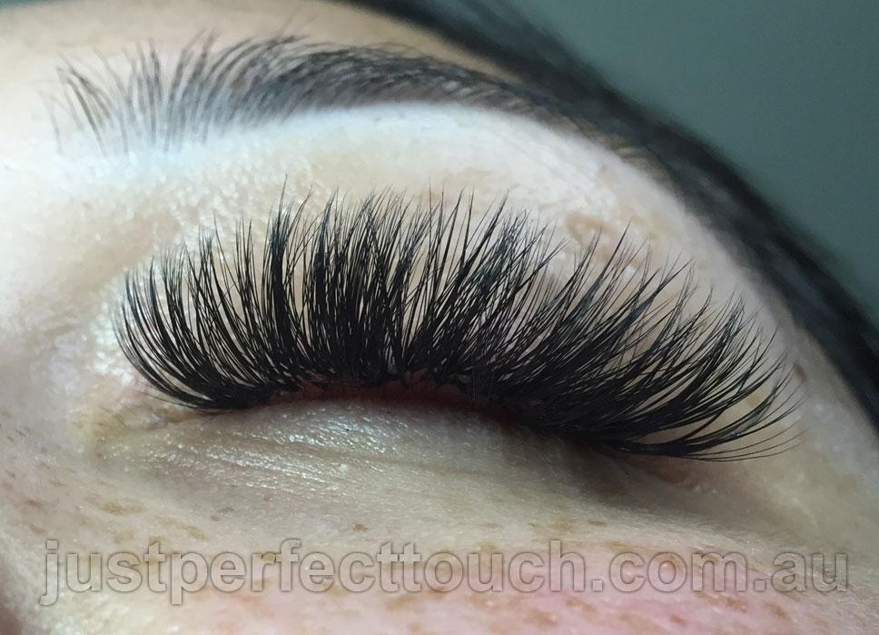 Russian volume eyelash extensions full set-