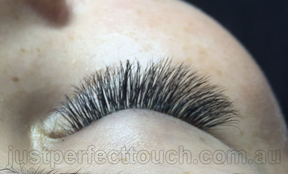 Russian volume eyelash extensions full set-