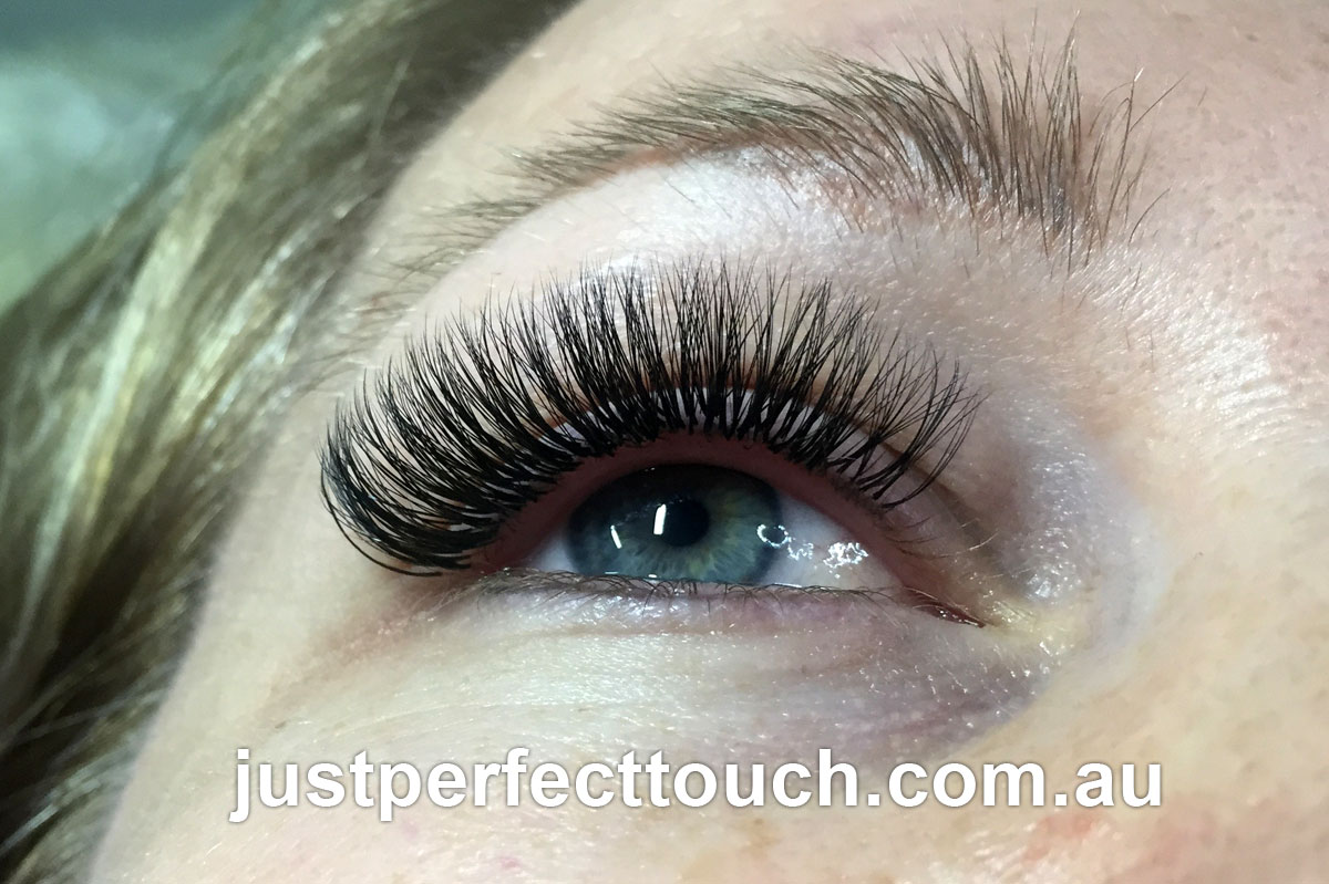 3d volume eyelash extensions