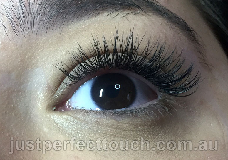 Classic Eyelash Extensions 07 Just Perfect Touch Eyelash Extensions