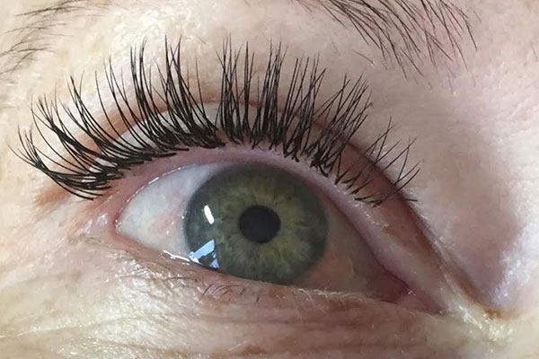 mini classic eyelash extensions